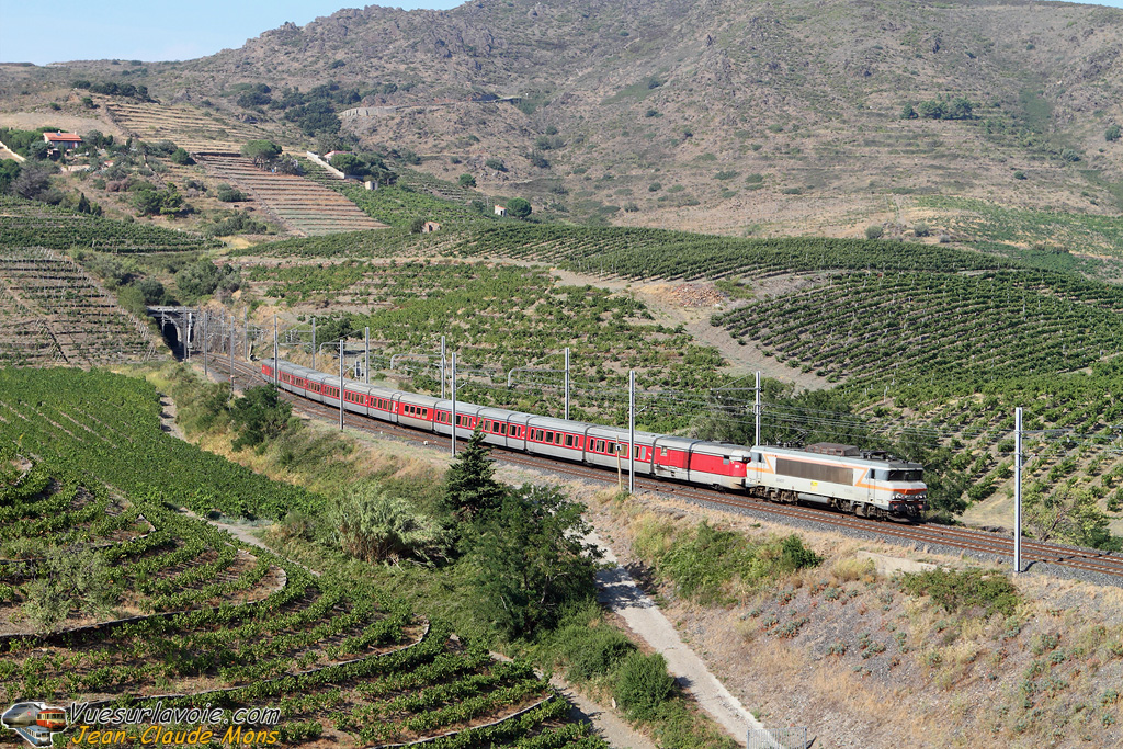 SNCF_7293_2010-08-26_Port-Vendres-sud-66_VSLV.jpg