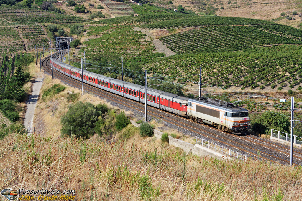 SNCF_7298_2009-08-26_Port-Vendres-66_VSLV.jpg