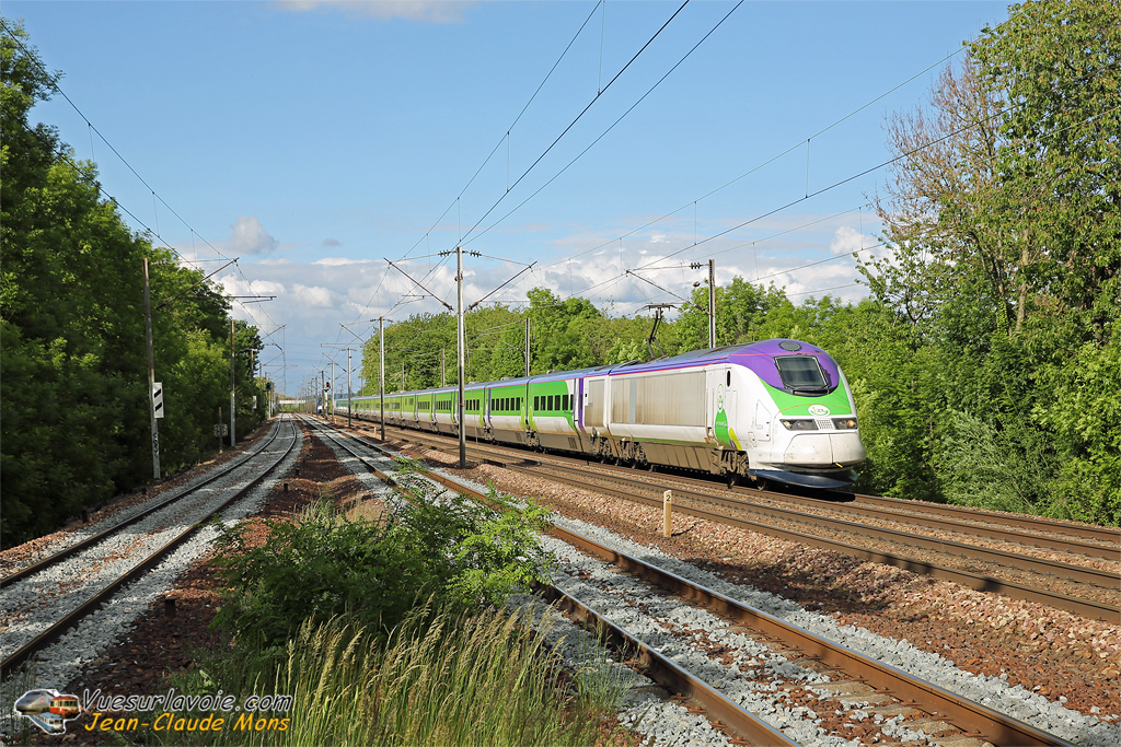 +Thalys-IZY_TMST-3224-3213_2019-05-28_Les-Noues-95_IDR.jpg